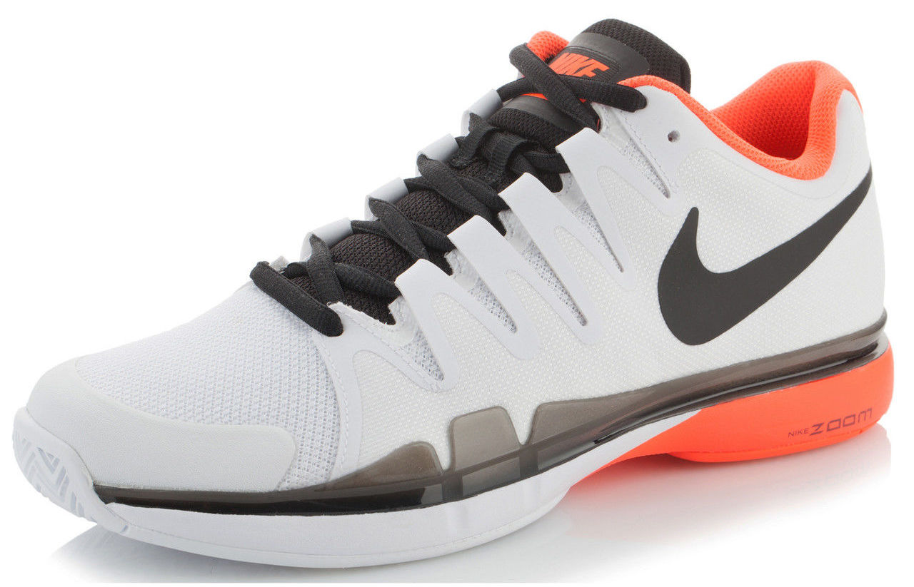 0a38a443bbab Nike Zoom Vapor 9.5 Tour Roger Federer´s Tennis Shoes - World Tennis